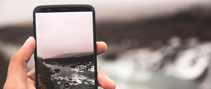 携帯電話のイメージ